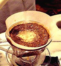 コーヒーの淹れ方 【仕上げ】 一定ペースの湯